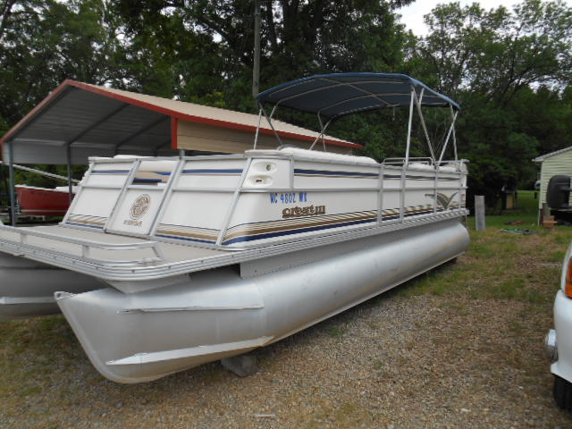 2000 Crest 111 With 150 Mercury Carolina Boat Trailer