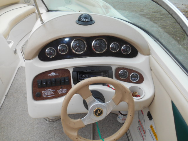 1999 210 SEARAY SUNDECK 005.JPG