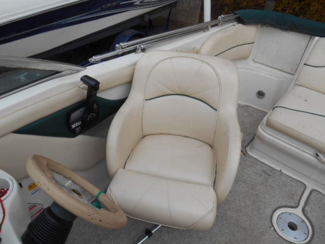 1999 210 SEARAY SUNDECK 006.JPG