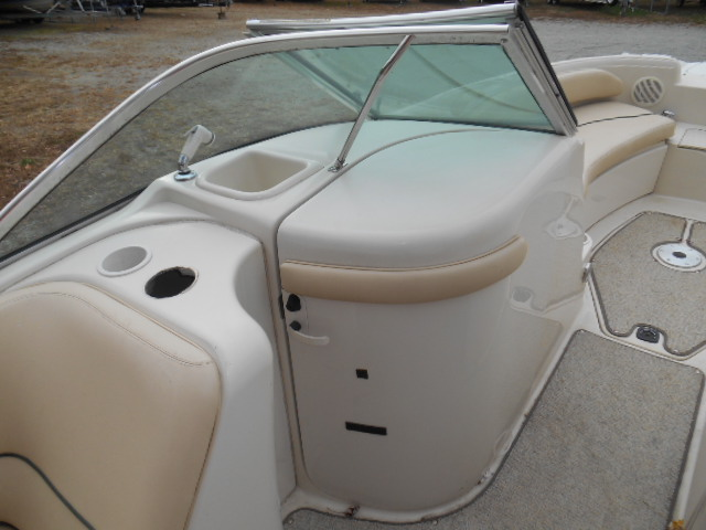 1999 210 SEARAY SUNDECK 008.JPG